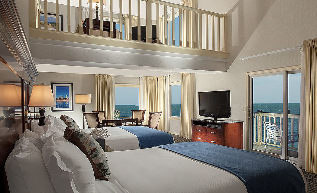 Ocean Mist Beach Hotel & Suites - Two Queens With Sleeper Sofa And Kitchenette