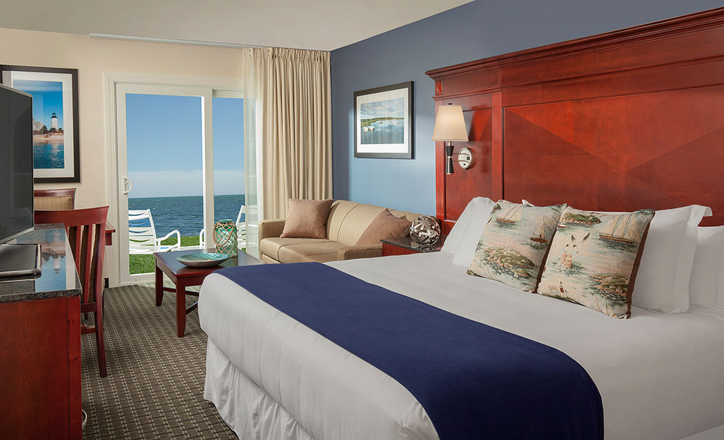 Ocean Mist Beach Hotel & Suites - Ocean Front King With Sleeper Sofa