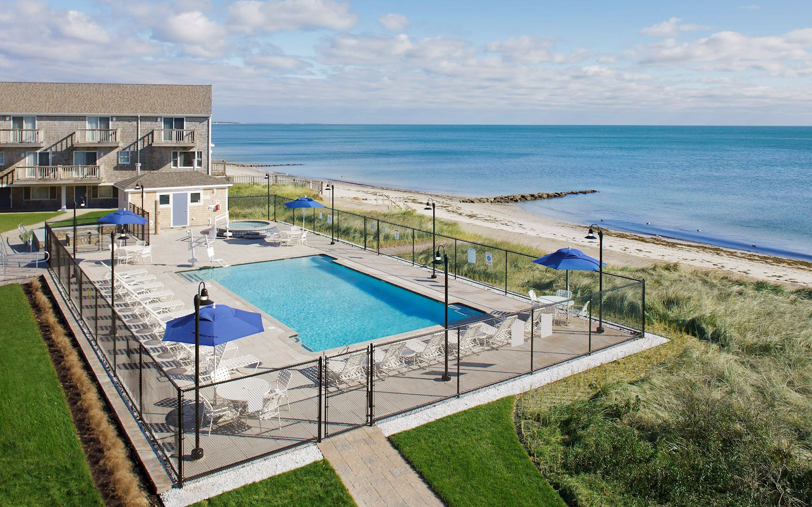 Cape Cod Hotels >> A South Yarmouth Ma Hotel Ocean Mist Beach Hotel Suites